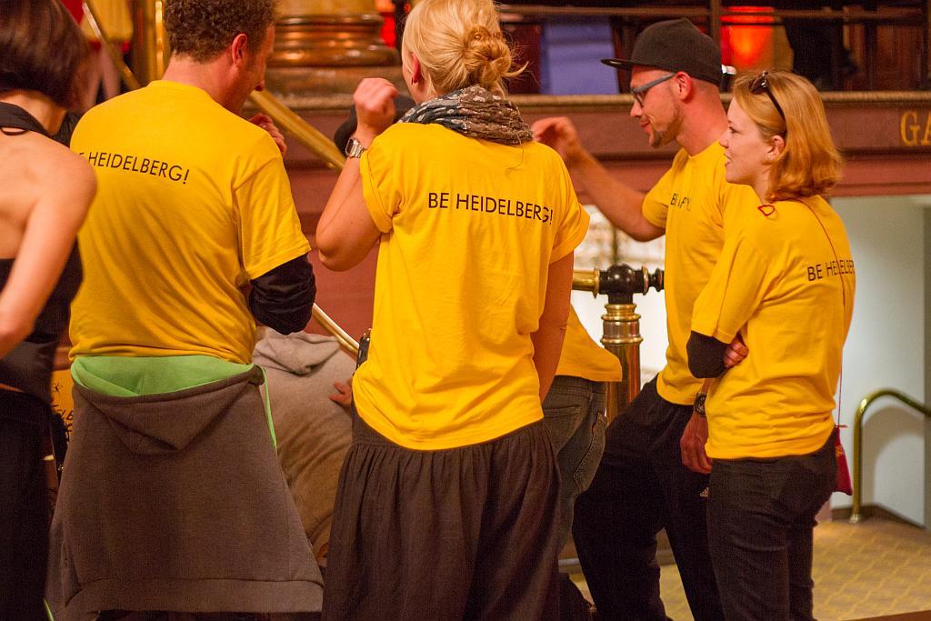Filmteam in Happy Heidelberg-Shirts